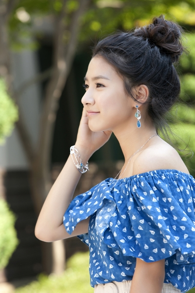 PICS Kim So Eun for J.ESTINA | ©HOTSPICYKIMCHI